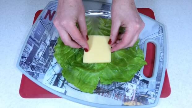 Капустные конвертики с сыром в панировке: нежные, сочные, вкусные