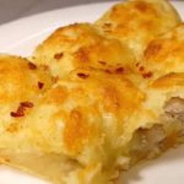 Ленивые картофельные пирожки с мясом: под сырной корочкой.