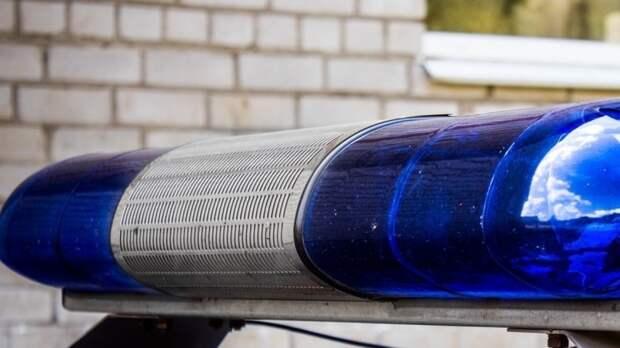 Просившая с балкона помощь петербурженка попала в изолятор