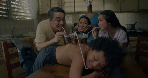 Я приемыш? Филиппинская реклама раскрыла страшные семейные тайны
