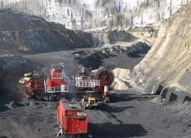 """""""Распадская"""" планирует добыть по итогам 2021 года около 25 млн тонн угля"""