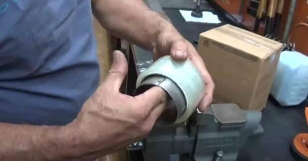 Самодельный диспенсер для скотча — полезная штука в хозяйстве