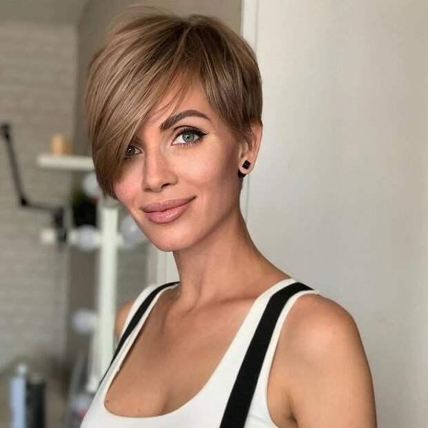 Как модно подстричься в 2021, если волосы редкие