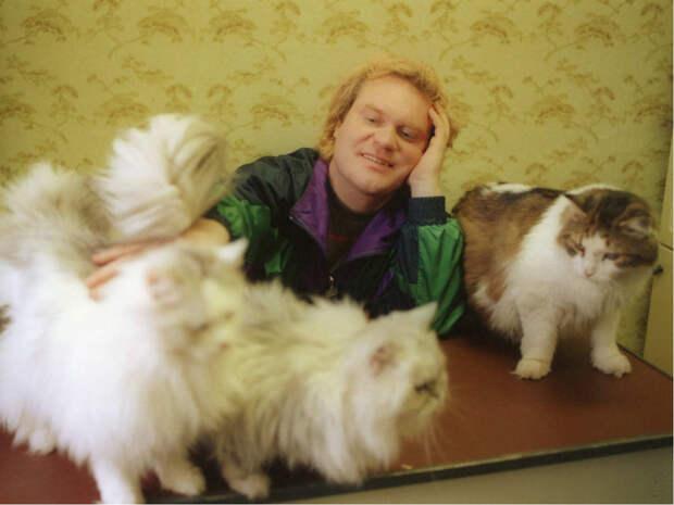 Куклачев рассказал, что делать с больной коронавирусом кошкой