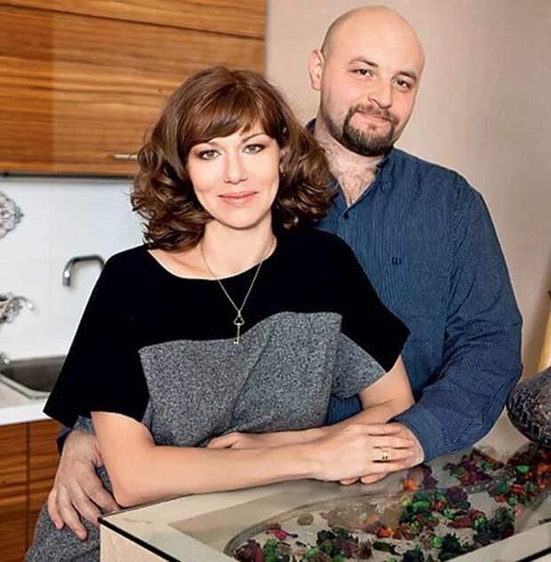 """Как изменились актеры сериала """"Саша + Маша"""""""