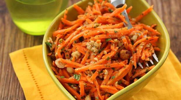 Вкусный и полезный морковный салат. |Фото: gastronom.ru