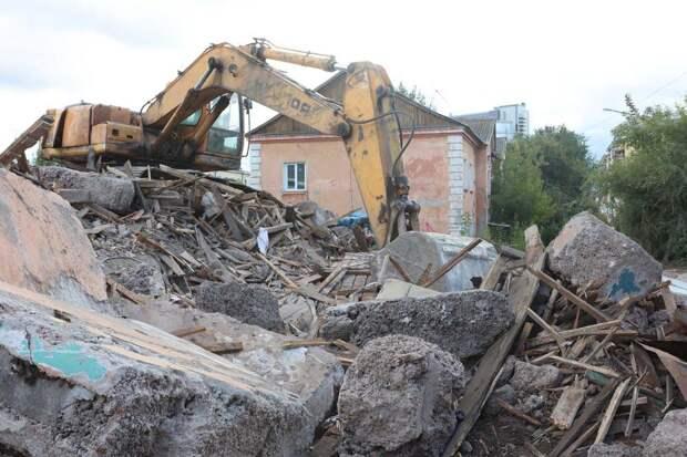 Начался комплексный ремонт улицы Маерчака