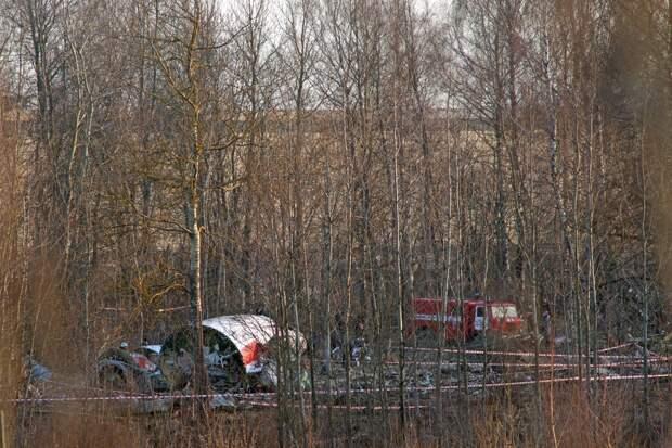 Польша потребовала ареста смоленских диспетчеров из-за крушения Ту-154