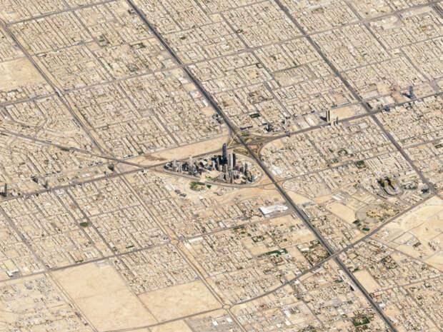 Потрясающие кадры Земли, снятые спутником