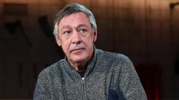 """Михаил Ефремов рассказал, что """"укрощает молнии"""" в белгородской колонии"""