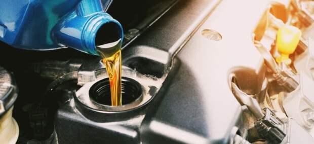 Какое масло лучше заливать в двигатель.