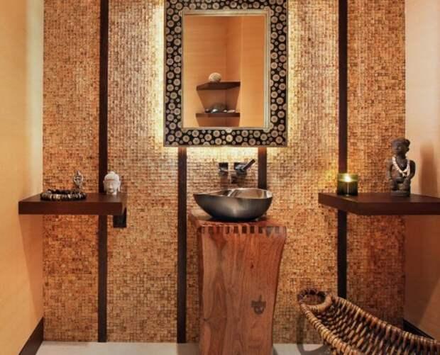 Мозаика на стенах ванны