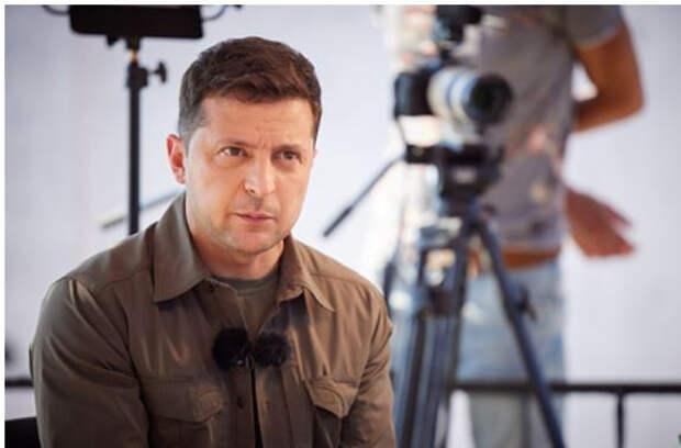 На Украине заявили о переносе встречи Зеленского и Байдена