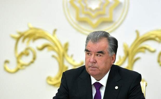 Эмомали Рахмон в пятый раз победил на выборах президента Таджикистана