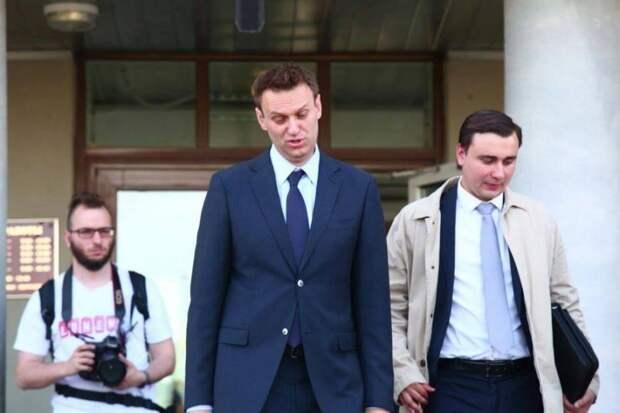Адепты Навального просят ввести против России санкции