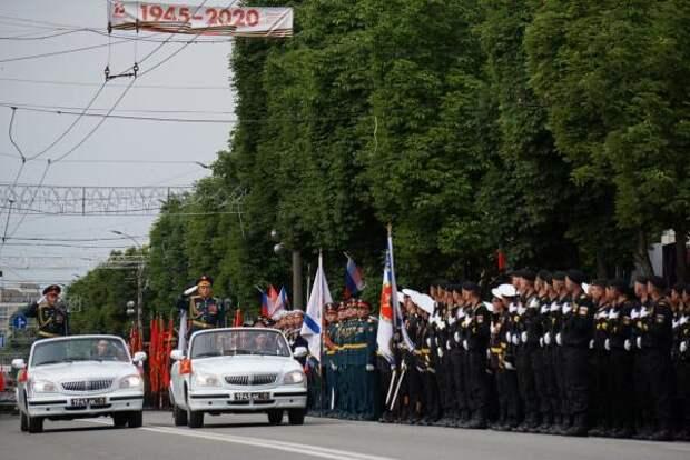 Сенатор от Крыма оценил ноту протеста Киева за парад Победы на полуострове