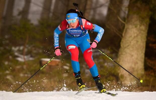 Биатлонистка из Удмуртии претендует на место в сборной России, возвращение Аршавина в «Зенит» и победа Франции над коронавирусом: что произошло минувшей ночью