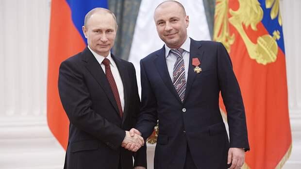 Жулин: «Невижу, накого менять Путина. Буду двумя руками голосовать запоправки»