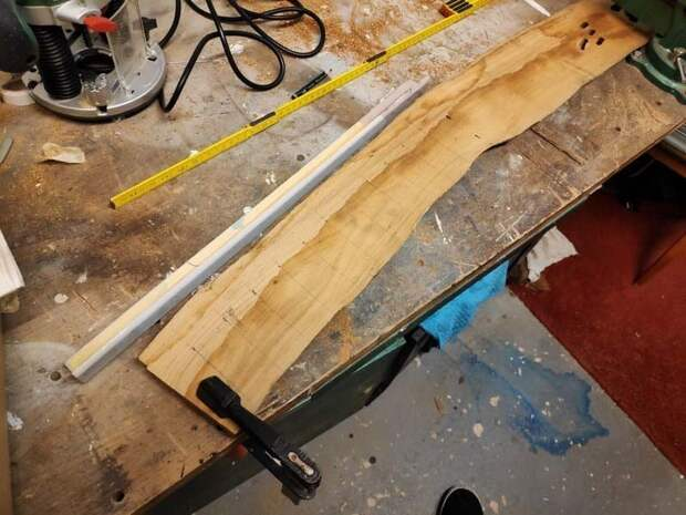 Начнём! Для старта нам следует найти плоский кусок любой древесины доска, кухня, ножи, полезное, своими руками, сделай сам