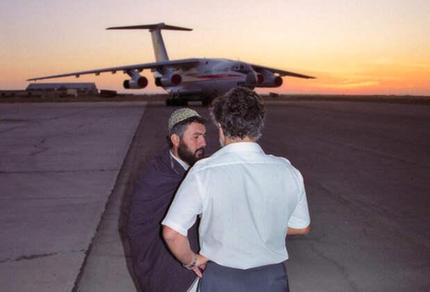 Побег из ада: как пленные русские лётчики вырвались от талибов