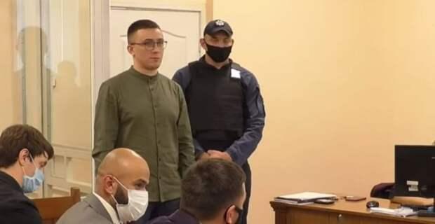Осужденный убийца Стерненко созывает боевиков к администрации президента Украины
