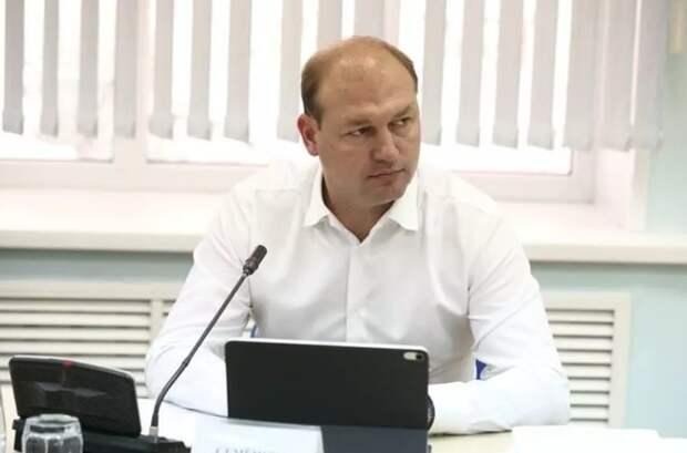 Российского министра уволили за полет за границу на частном самолете