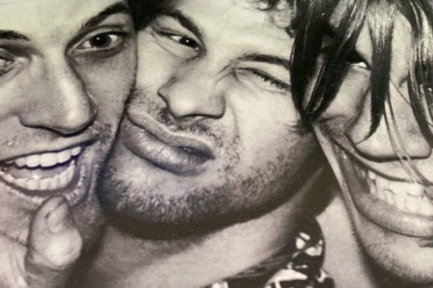 Умер экс-гитарист RedHotChili Peppers Джек Шерман