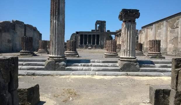 Археологи раскрыли технологию переработки мусора у древних жителей Помпеи
