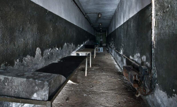 Заброшенный военный бункер