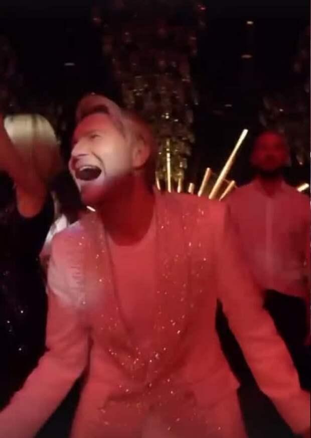 Зажигательные танцы Пугачёвой и Орбакайте, шутки Галкина и трогательное поздравление мамы: Николай Басков  с размахом отметил 45-летие