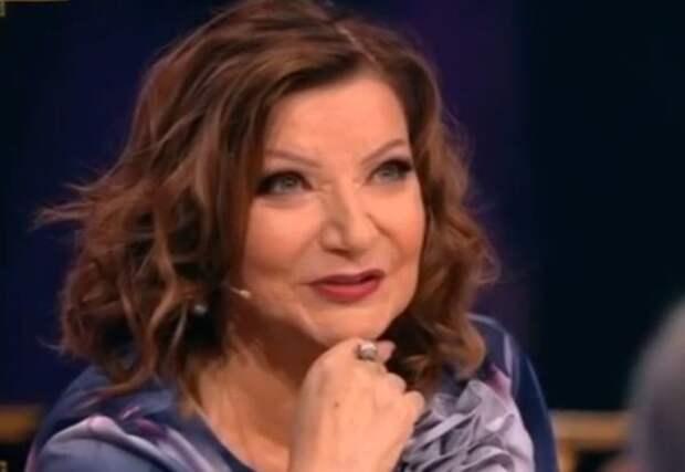 """Степаненко высмеяла свое старое видео в шоу Малахова: """"Он хочет сказать, что я уже бабушка!"""""""