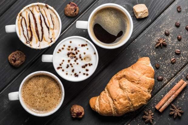 Лаврушка, вишня и... масло! 5 неожиданных кофейных рецептов
