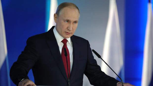 Песков рассказал, что Путин знает о предложении Зеленского встретиться в Донбассе