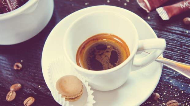 Наутро после возлияний - обязательно крепчайший эспрессо. / Фото: milknhoney.ru