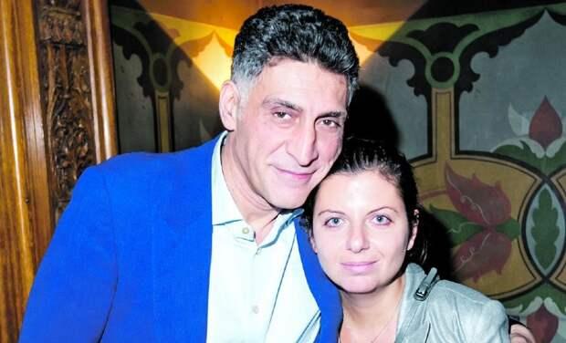 Маргарита Симоньян рассказала, как чуть не родила в Администрации Президента и почему не хочет замуж за Тиграна Кеосаяна
