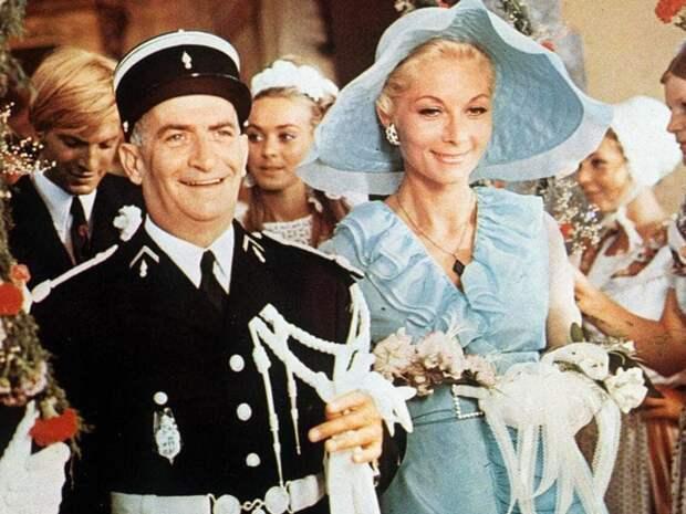 Клод Жансак. Она была экранной женой Луи де Фюнеса.