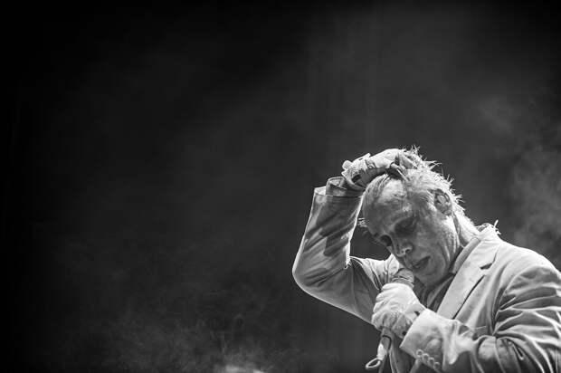 Солист Rammstein спел «Любимый город»