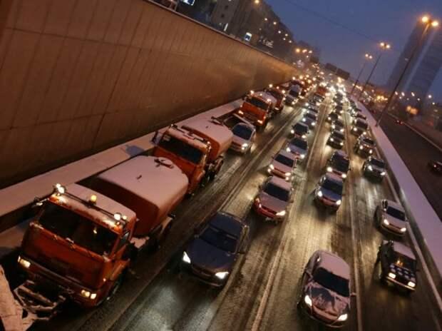 Правительство просят ввести мораторий на использование дорожных реагентов