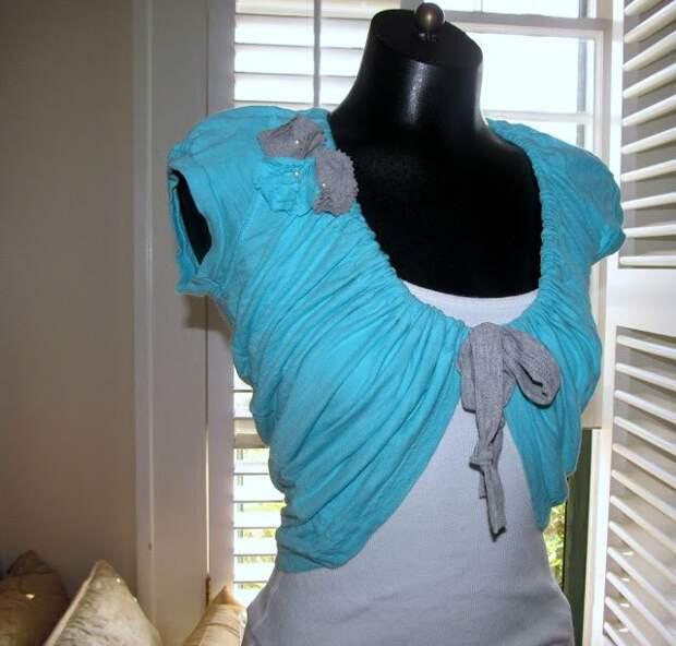 Из старой и ненужной футболки всего за 10 минут получается красивое болеро