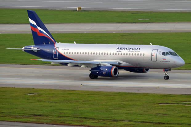 Летевший из Москвы в Ижевск самолет вынужденно сел в Нижнекамске