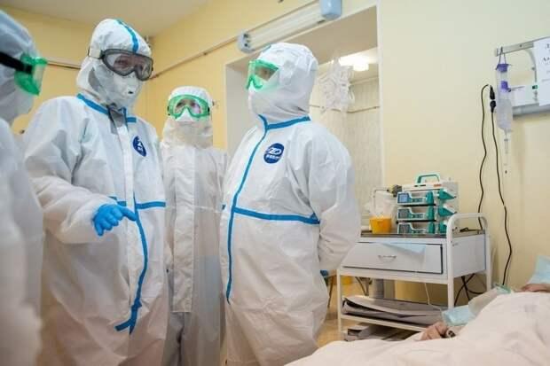 В Карелии от коронавируса скончались шесть полностью привитых пациентов. Но тех, кто не прививался, умерло в разы больше