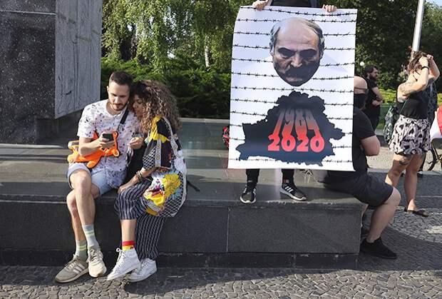 Как Лукашенко пытался занять Кремль ипочему вовсех бедах сейчас винит Россию