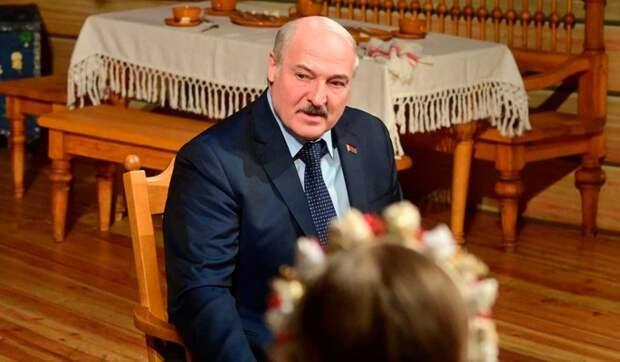 Политолог Усов о причинах увольнения сына Лукашенко: Был недостаточно жесток