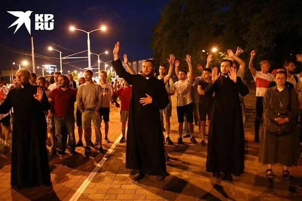 Последние новости о протестах в Беларуси на 18 августа 2020: на заводах проходят массовые забастовки