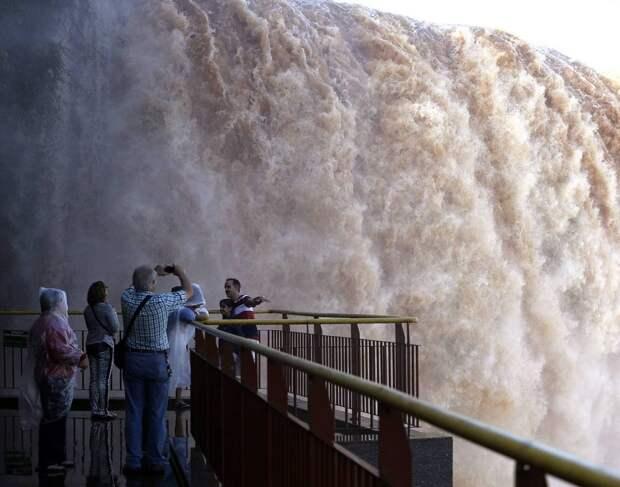 Iguazu 10 Захватывающие дух водопады Игуасу