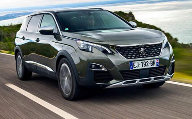 Новый Peugeot 5008: всемером по паркету