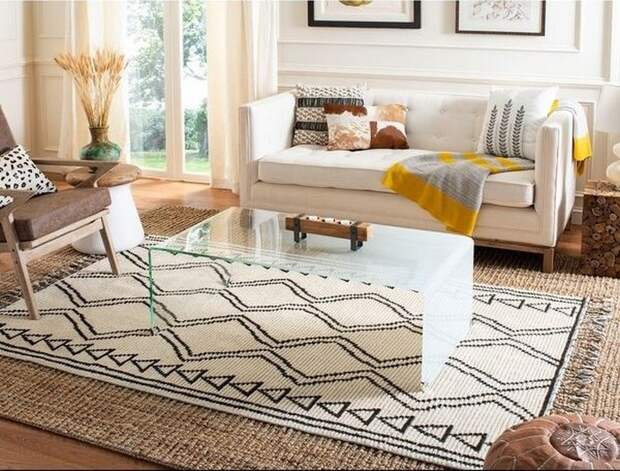 Просто бросить на пол недостаточно: как правильно постелить ковёр, чтобы он выглядел в интерьере стильно
