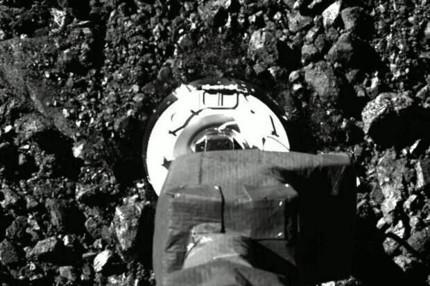 Как OSIRIS-REx брал пробу грунта астероида Бенну: фото ивидео
