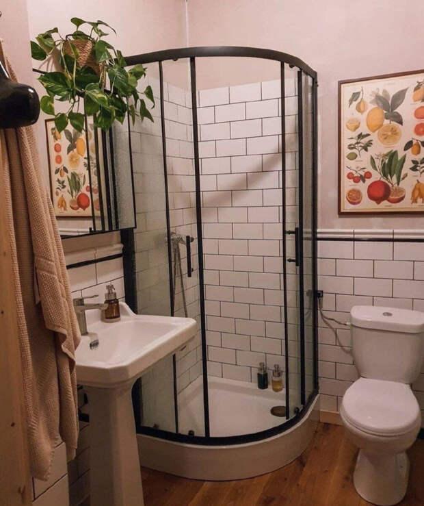 До и после. Дизайнер взялся за маленькую ванную в хрущевке и превратил ее в красивый интерьер