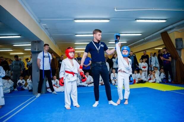 Школьник из Кузьминок стал лучшим рукопашником Подмосковья